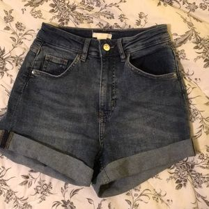 H&M US 4 high wasted Jean shorts